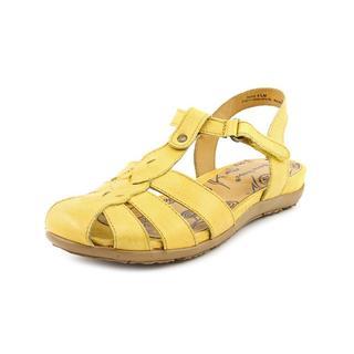 Baretraps Women's 'Rexie' Leather Sandals