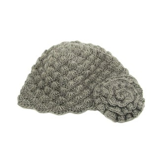 Handwoven Gray Mollie Flower Cloche Hat (Nepal)