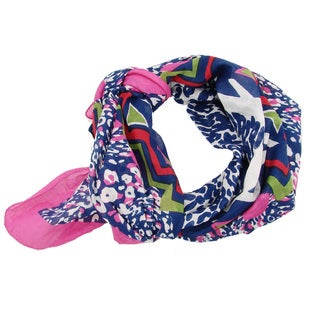 Handmade Pink Abstract Animal Scarf (India)