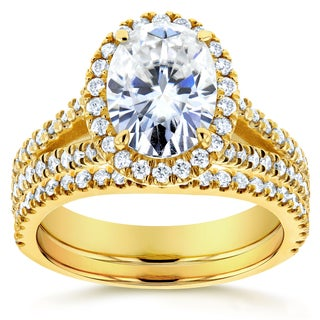 Annello by Kobelli 14k Yellow Gold 2 1/5ct TCW Oval Moissanite and Diamond Halo 2-piece Bridal Rings