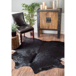 nuLOOM Handmade Southwestern Cowhide Black Rug (4'6 x 6')