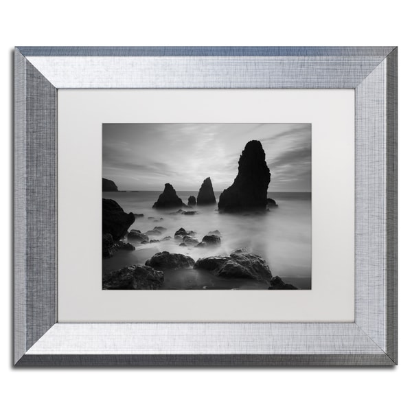 Moises Levy \'Rodeo Beach I Black and White\' White Matte, Silver ...