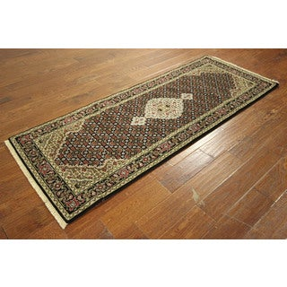 New Tabriz Style Wool and Silk Hand-knotted Wool Oriental Area Rug (2'7 x 6'8)
