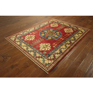 Traditional Lava Veg Dyed Super Kazak Hand-knotted Wool Oriental Rug (5'0 x 6'5)