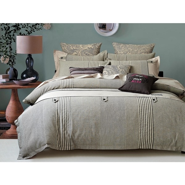 Buttons and Stripes 3-piece Duvet Cover Set