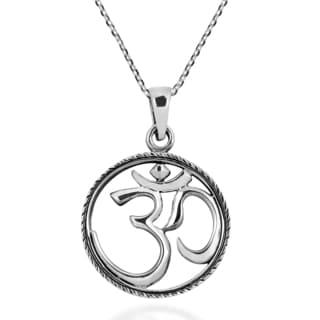 Handmade Circle Aum or Om Sacred Symbol Sterling Silver Necklace (Thailand)
