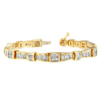 14K Yellow Gold 7 3/4 ct. TDW Princess and Baguette Cut Diamond Bow-Link Bracelet (H-I, SI1-SI2)