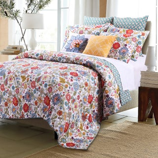 Greenland Home Fashions Astoria White Oversized Cotton 3-piece Quilt Set (3 options available)