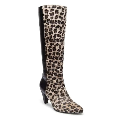 Ann Creek Womens Lillian Leopard Print Faux Fur Boots