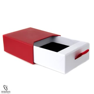 Red and Black Necklace Gift Box