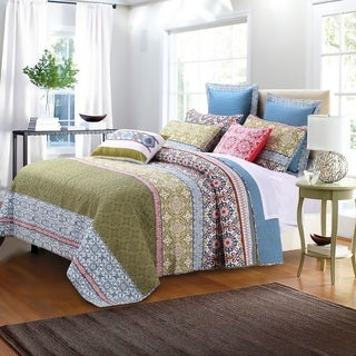 Link to Greenland Home Fashions Shangri-La Oversized Cotton 3-piece Quilt Set Similar Items in Quilts & Coverlets