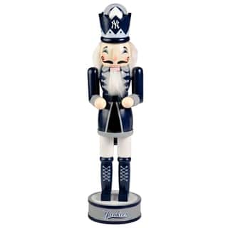 Forever Collectibles New York Yankees 14-inch Collectible Nutcracker|https://ak1.ostkcdn.com/images/products/10704877/P17764920.jpg?impolicy=medium