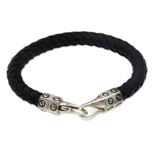 Handcrafted Leather Sterling Silver 'Whip' Bracelet (Indonesia)