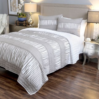 Adarsha Collection Grey 3-piece Quilt Set by Arden Loft