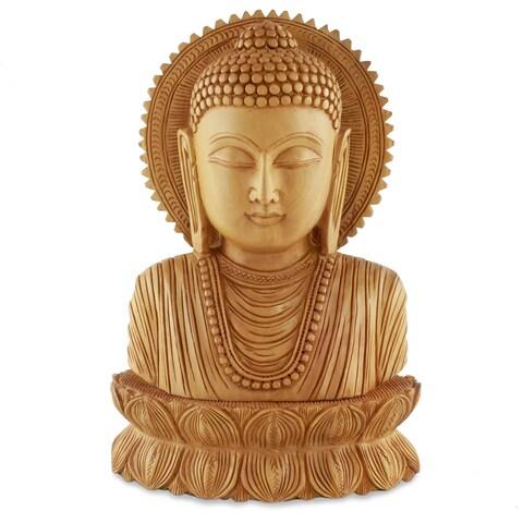 Handmade Kadam Wood 'Serene Buddha I' Statue (India)