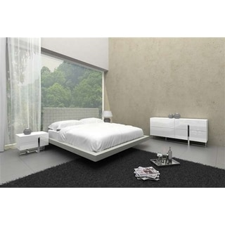 ZACK Collection Gray Eco-leather Queen Bed by Casabianca Home