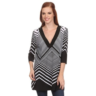 MOA Collection Women's Chevron Printed Top