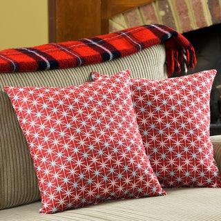 Snowflake Decorative 18-inch Christmas Throw Pillows (Set of 2)