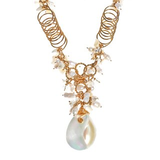Handmade Exotic Cultured Freshwater Pearl and Shell Chain Statement Necklace (Philippines) (2 options available)