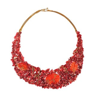 Dashing Synthetic Coral and Agate Brass Collared Necklace (Thailand)