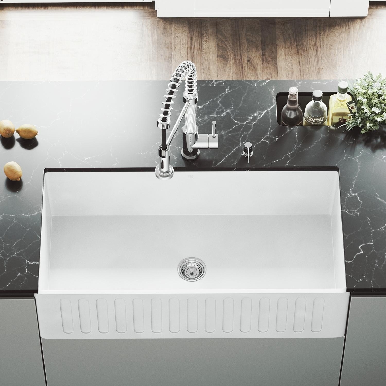 VIGO White 36-inch Matte Stone Farmhouse Kitchen Sink (VIGO Matte Stone Farmhouse Sink)