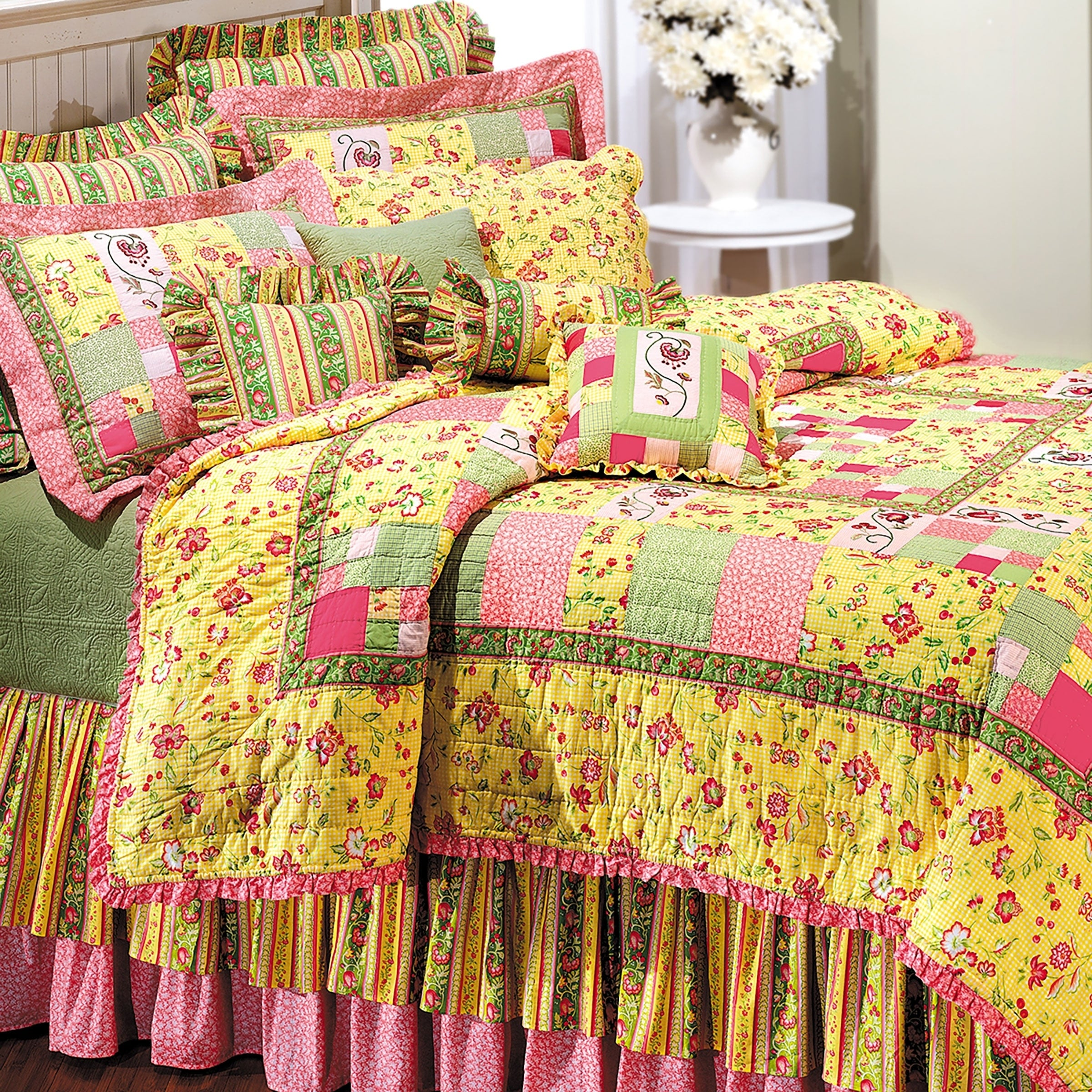 Enterprises Emily Patchwork Quilt (Shams Not Included) (K...