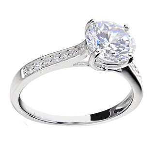Sterling Silver 2 1/4ct TGW Round Cubic Zirconia Bridal Engagement Ring (China)