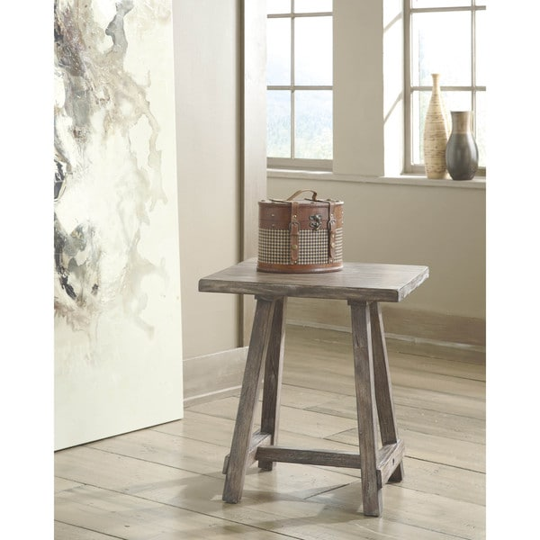 Signature Design by Ashley Vennilux Light Brown Chair Side End Table