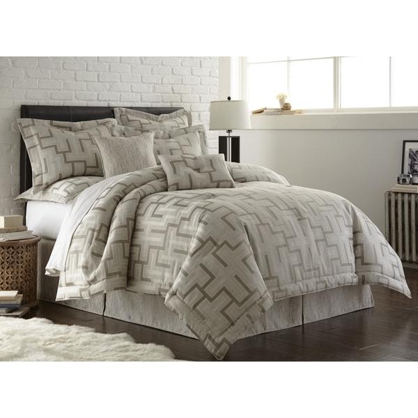 Austin Horn En Vogue Maze Platinum Grey 4-piece Comforter Set