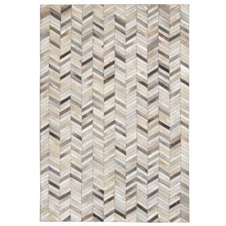 Hand-stitched Grey Chevron Cow Hide Leather Rug (8' x 10')|https://ak1.ostkcdn.com/images/products/10763900/P17815975.jpg?impolicy=medium