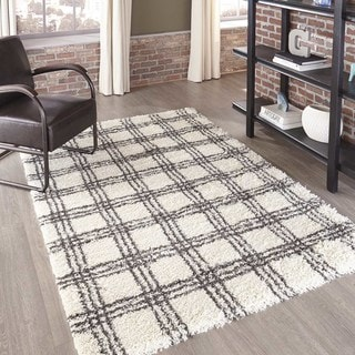 "Momeni Maya Machine Made Polypropylene Ivory Area Rug - 2'3"" x 7'6"" Runner"