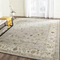 Safavieh Handmade Heritage Timeless Traditional Beige/ Grey Wool Rug - 6' Square