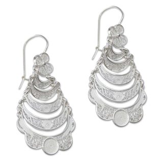 Handcrafted Sterling Silver 'Catacos Rose' Earrings (Peru)
