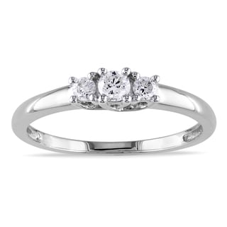Miadora Collection 14k White Gold 1/4ct TDW Diamond 3-stone Engagement Ring