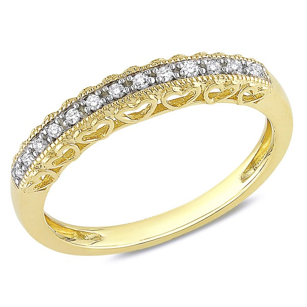 Miadora 10k Yellow Gold 1/10ct Diamond Vintage Anniversary Stackable Heart Wedding Band Ring - White