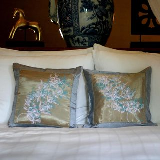 Set of 2 Silk Cotton 'Oriental Dreams' Cushion Covers (Thailand)