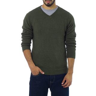 Handmade Alpaca Blend Men's 'Golden Olive' V-neck Sweater (Peru)