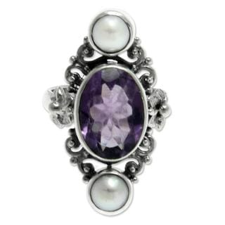 Handmade Sterling Silver 'Frangipani Queen' Pearl Amethyst Ring (6 mm) (Indonesia)