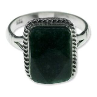 Handmade Sterling Silver 'Maya Forest Princess' Jade Ring (Guatemala)