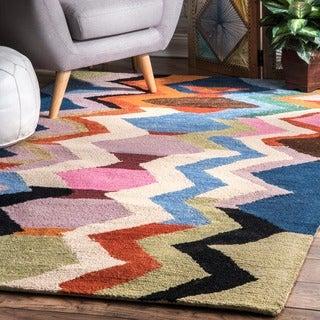 nuLOOM Handmade Tribal Cehvron Rainbow Multi Rug (7'6 x 9'6)