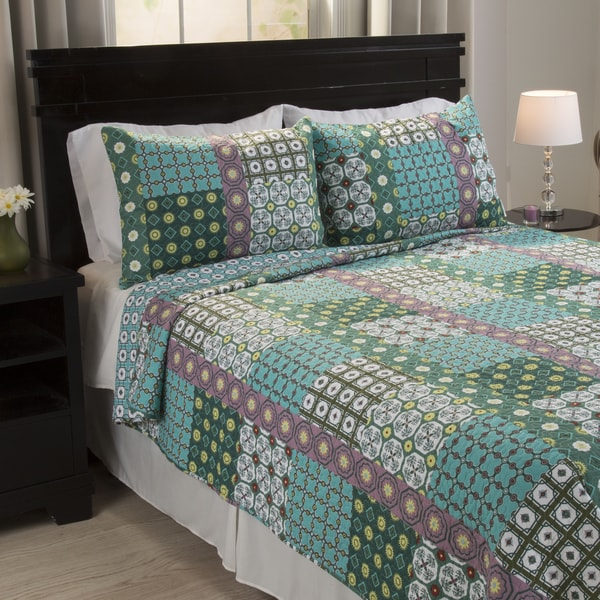Shop Windsor Home Thalia Cotton 3 Piece Quilt Set Free