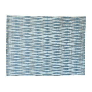 Modern Criss Cross Design Handmade Wool and Rayon from Bamboo Silk Rug (9' x 12')
