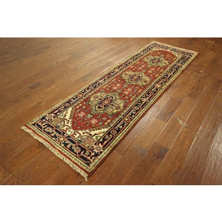 Red Heriz With Navy Blue Border Hand-knotted Wool Serapi Area Rug (2'7 x 8'1)
