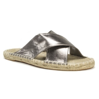 Muk Luks Women's Silver Misty Sandals