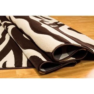 LYKE Home Hand-carved Chocolate Animal Print Area Rug (8' x 11')