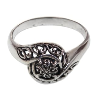 Handcrafted Sterling Silver 'Rainforest Bloom' Ring (Indonesia)
