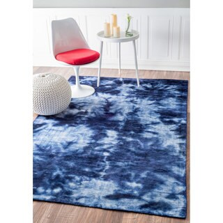 nuLOOM Handmade Tie Dye Cotton/ Viscose Blue Rug (7'6 x 9'6)