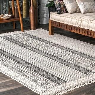 nuLOOM Handmade Flatweave Stiped Diamond Border Cotton Fringe Grey Rug (5' x 8')