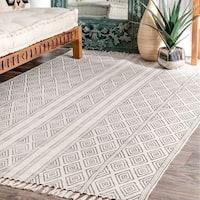 Strick & Bolton Ivie Handmade Flatweave Striped Trellis Cotton Fringe Off-White Area Rug - 5' x 8'
