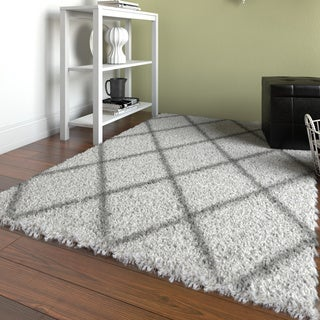 nuLOOM Soft and Plush Modern Diamond Trellis Moroccan Lattice Shag White Rug (4' x 6')